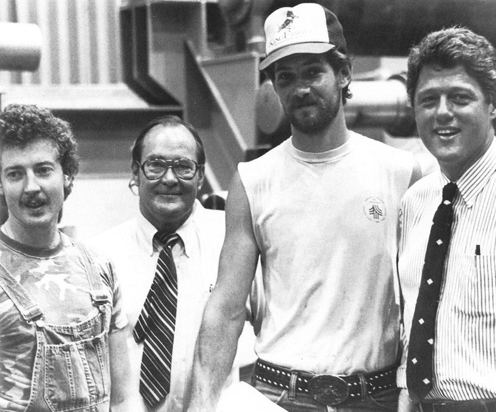 Domtar celebrates Bill Clinton